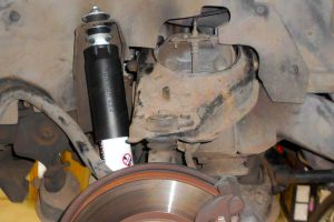 Closeup view of Ironman 4x4 front shock fitted to a Holden Jackaroo 4WD