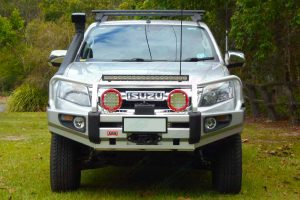Front on view of a silver Isuzu D-Max dual cab fitted with a 2 inch superior nitro gas lift kit