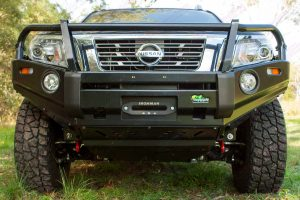 Full front on view of an Ironman 4x4 bullbar, bash plate and recovery point fitted to a NP300 D23 Navara
