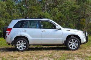 Right side view a silver Suzuki Grand Vitara Wagon fitted with an Ironman 4x4 45mm lift kit