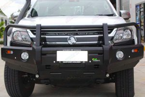Front view of the Ironman Black Deluxe Bullbar fitted to the Holden Colorado Space Cab 4WD