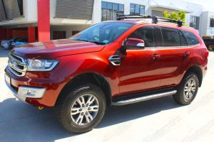 Front left view of the Ford Everest (Wagon) fitted out with the 40mm Ironman 4x4 lift kit featuring Foam Cell Pro shocks