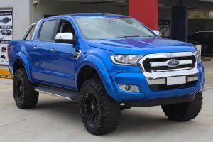 """Front right view of the Ford Ranger (Dual Cab) fitted with a custom built Superior 5"""" inch lift kit at the Deception Bay 4wd retail store"""