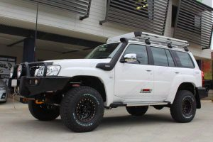 Left side view of Nissan Patrol Y61 Wagon after being fitted with a full Superior 2 inch Hybrid Superflex lift kit