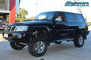 Front left view of the GU Nissan Patrol Wagon fitted with a new HyperFlex Lift kit at the Superior Engineering 4x4 Retail Store