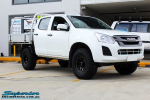 """Right front side view of a White Isuzu D-Max Dual Cab after fitment of a Superior Remote Reservoir 2"""" Inch Lift Kit + King Wheels & Nitto Tyres"""