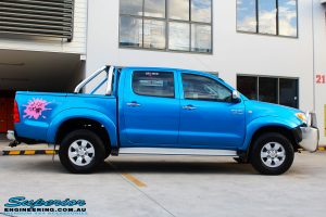 """Right side view of a Blue Toyota Vigo Hilux Dual Cab before fitment of a Bilstein 2"""" Inch Lift Kit"""