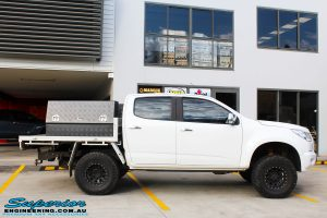 """Right side view of a White Holden RG Colorado Dual Cab before fitment of a Superior 2"""" Body Lift"""