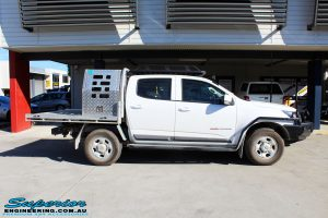 """Right side view of a White Holden RG Colorado Dual Cab before fitment of a Superior Remote Reservoir 2"""" Inch Lift Kit"""