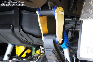 Close up shot of the fitted Superior Anti-Inversion Extended Shackle