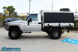 Left side view of a Toyota 79 Series Landcruiser Single Cab after fitment of a range of Superior and various other brands suspension components