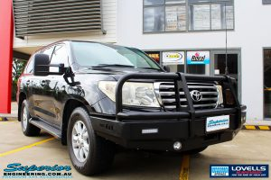 Right front side view of a Toyota 200 Series Landcruiser before fitment of a Lovells GVM Upgrade Suitable For Toyota Landcruiser 200 Diesel 11/07 on 3800kg (OE 3300kg) Post Registration